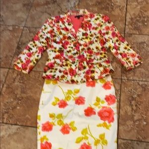 Ann Taylor pink floral suit skirt & blazer set P